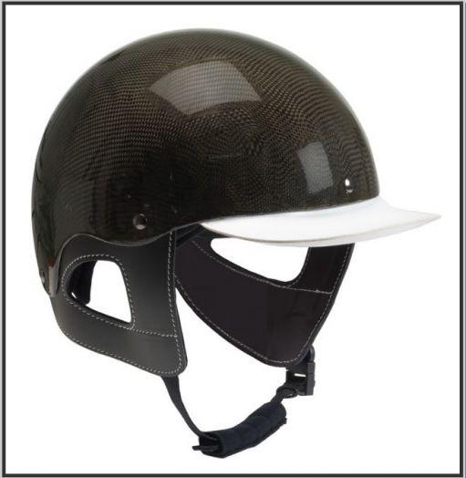 """Шлем для наездника """"W-Trotting"""" Карбон."""